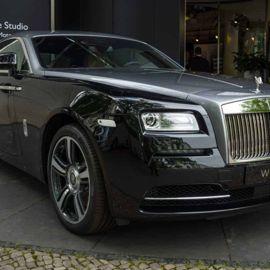 Rolls-Royce Black Badge Adamas