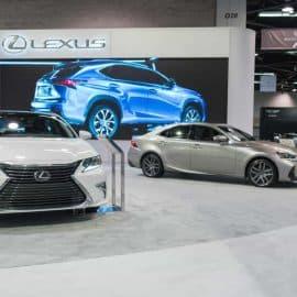 Luxurious Lexus ES