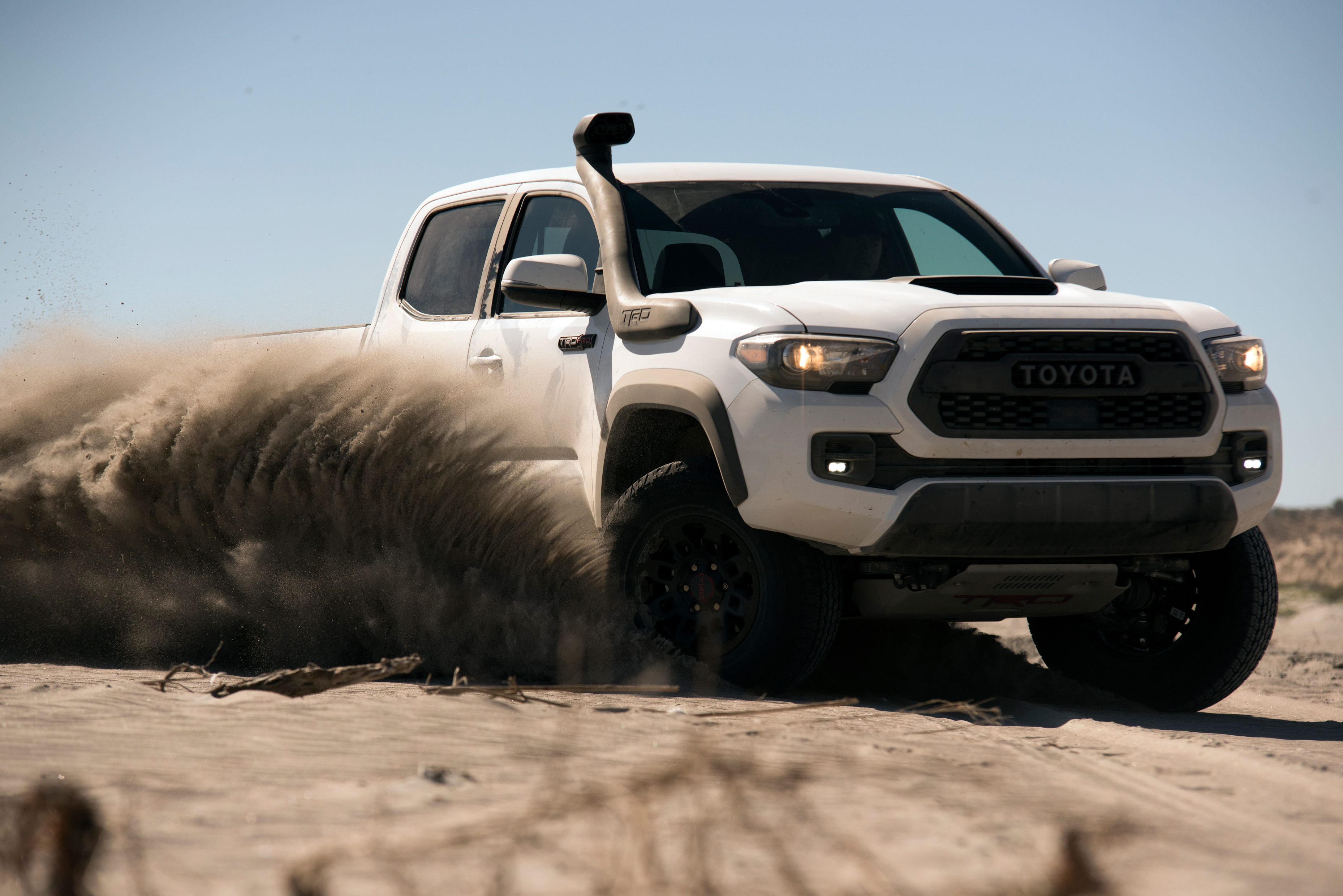 The Best and Worst New Mid-Size Pickup Trucks